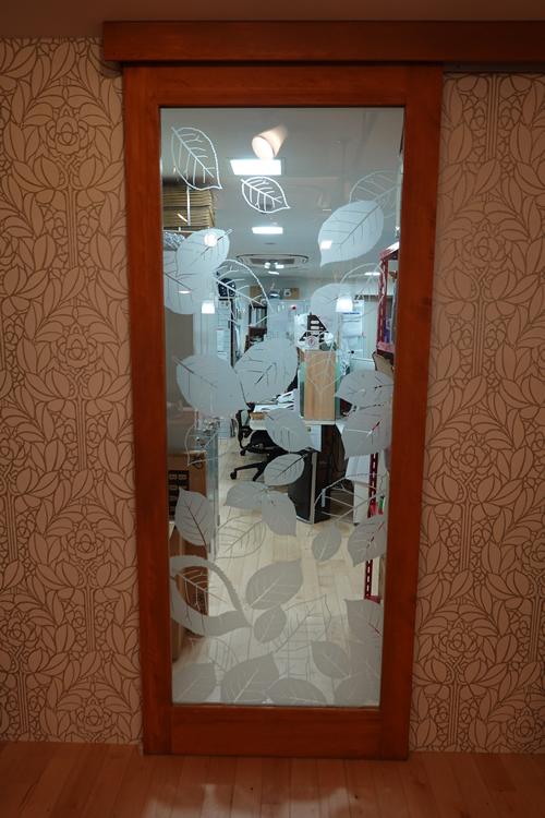 事務所入り口ドア 画像