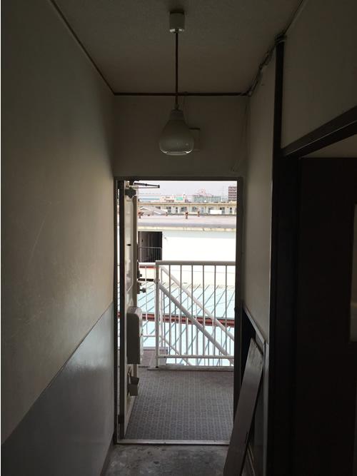 玄関 before 画像